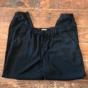 Jogger style dressy pants 🖤